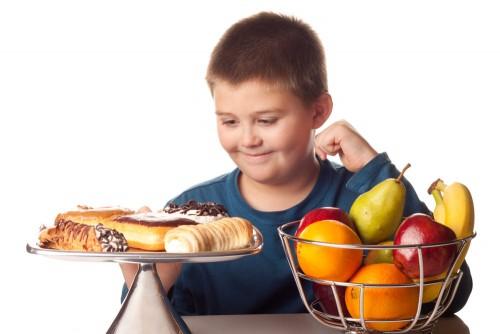 Sobrepeso e obesidade infantil: sem idealismos, nem radicalismos
